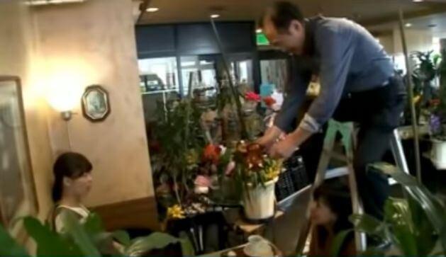 喫茶店「ツヅキ」のコーヒーパフォーマンス