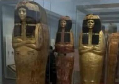 女祭祀ヘヌトメヒトの棺