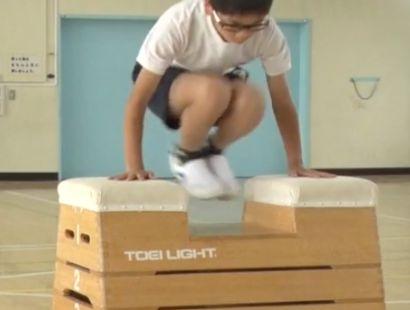 かかえ込み跳び練習用のとび箱