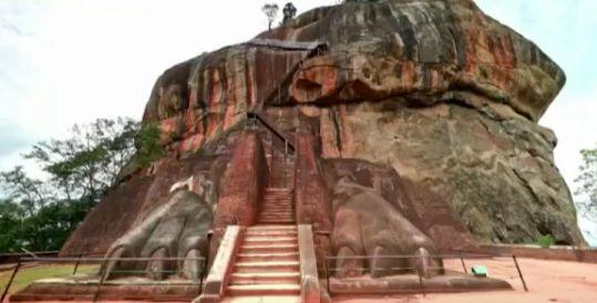シーギリア「獅子の岩」